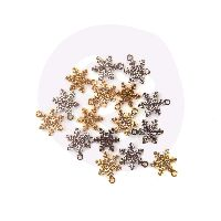 Prima Marketing Christmas in the Country - Snowflake charms